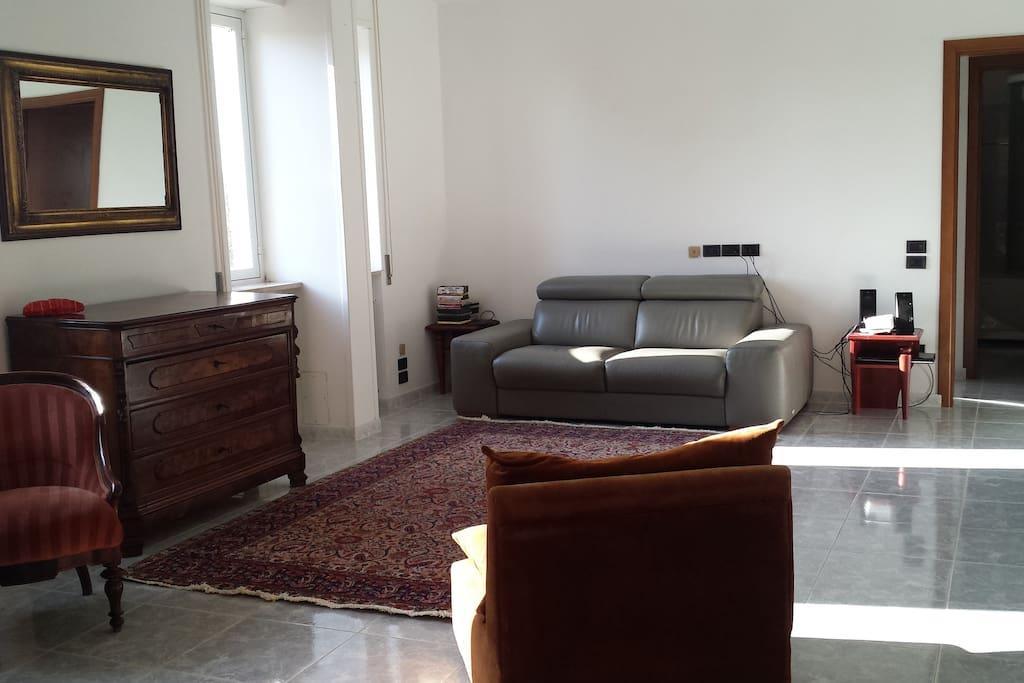 Il soggiorno dell'appartamento