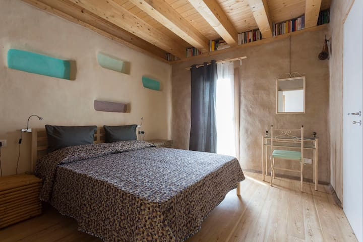 GERMOGLI: vivere i materiali naturali - Ragusa - Bed & Breakfast