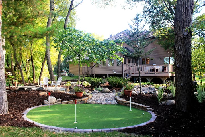 The PERFECT spot to stay for the Ryder Cup! - Eden Prairie - Casa
