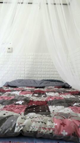 2인용 침대 double bed