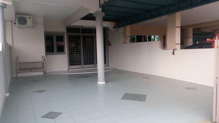 Taiping Vacation Home