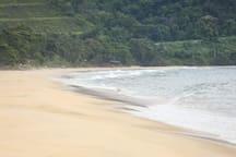 Praia Vermelha do Norte, Ubatuba.-