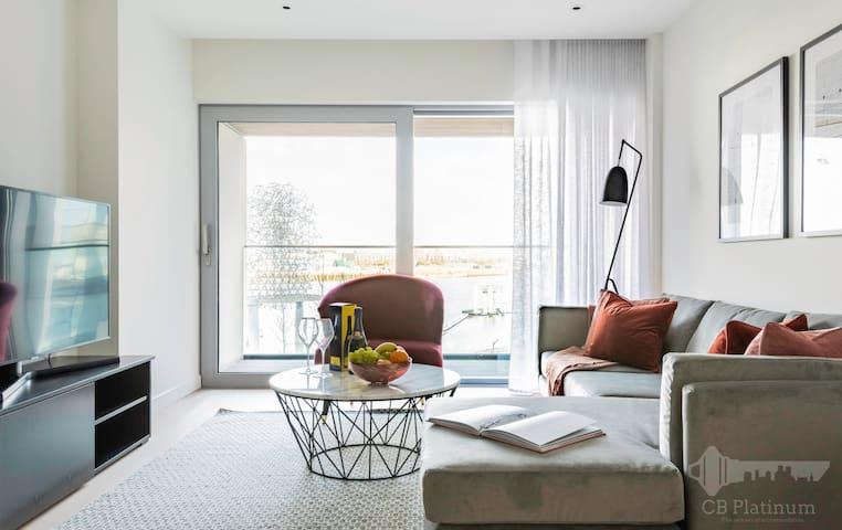 Gorgeous 2bed Apartment next to 02 Arena 9919