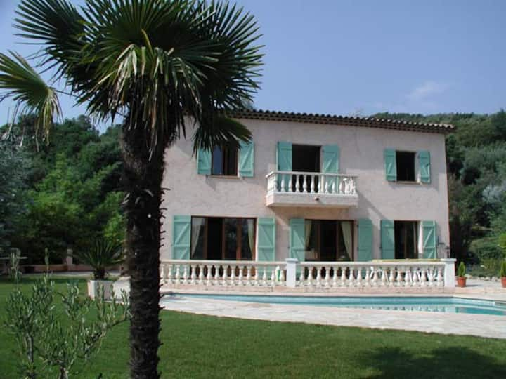Provencal villa with pool near Cannes Grasse