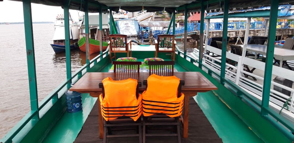 Orangutan Nest Klotok Houseboat  Tanjung Puting