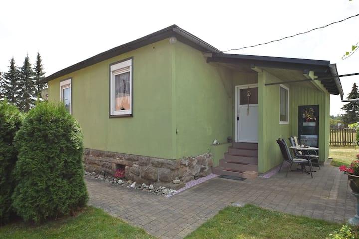 Maison de vacances confortable à Schwarzbach Thuringe avec jardin