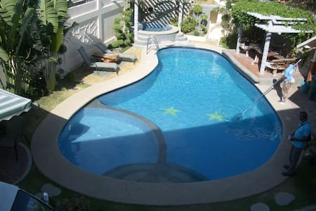 4K BnB - A - Lucena - Bed & Breakfast