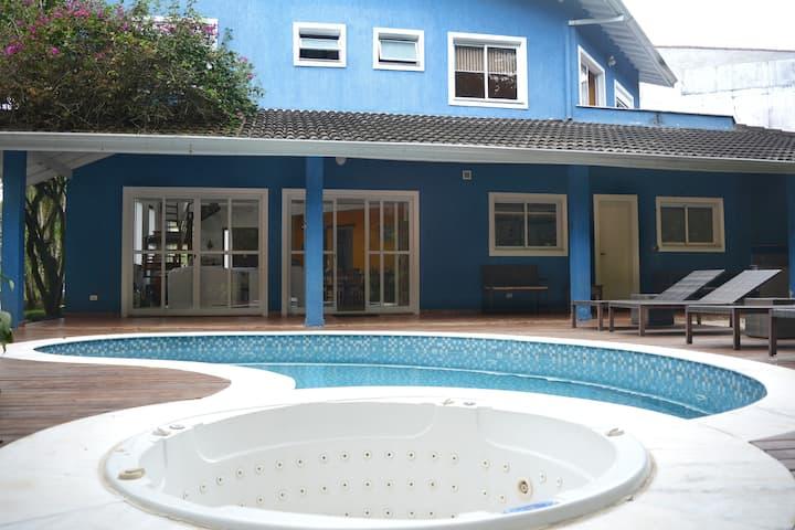 Casa Ao Lado Da Praia-Wifi/Piscina/Ar Condicionado