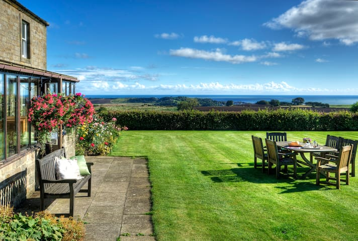Fantastic views overlooking Alnmouth Bay