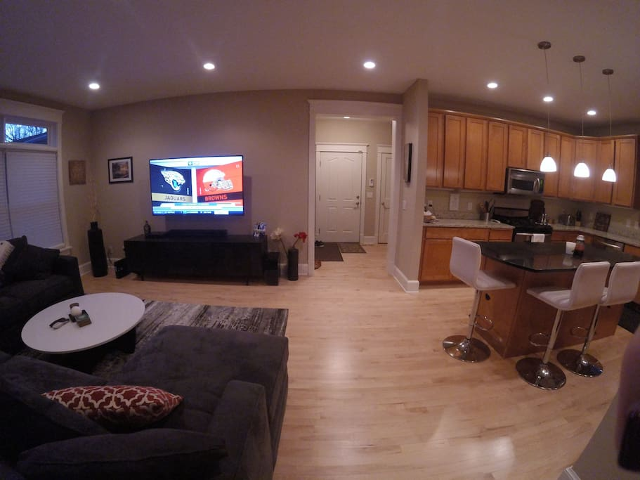 Another view of the living room/kitchen.