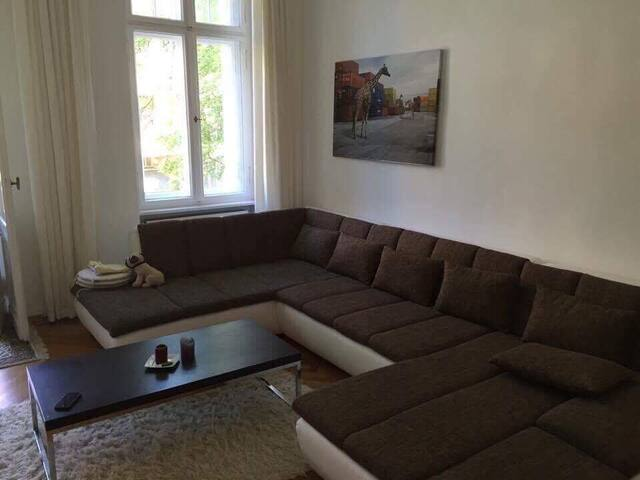 Lovely apartment in Friedenau