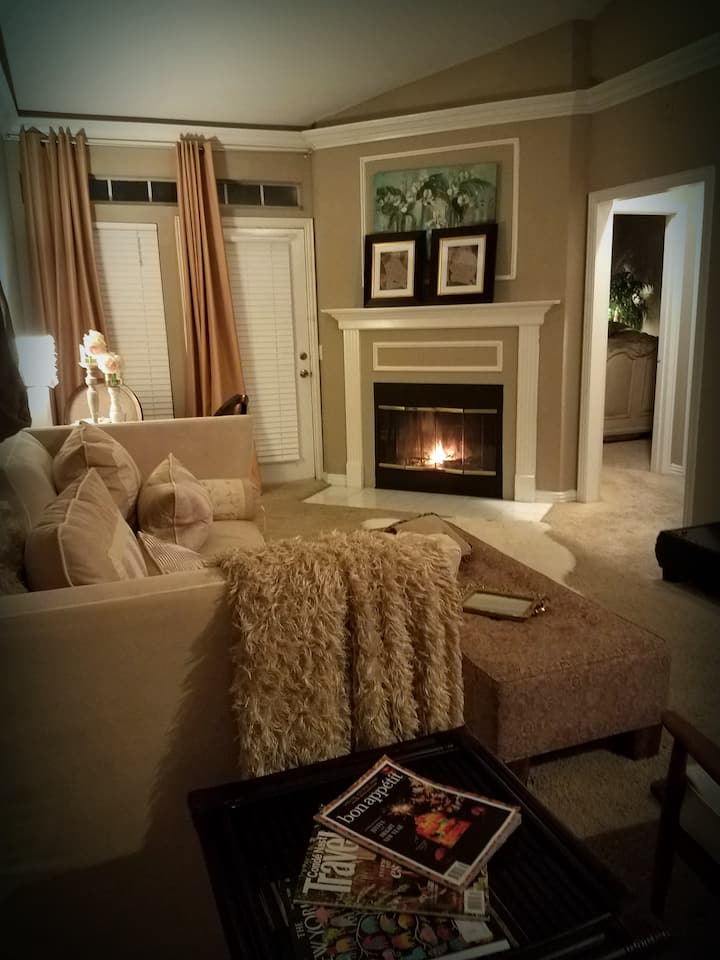 Entire 1Bdrm in Dallas PERFECT! & NO cleaning fee!