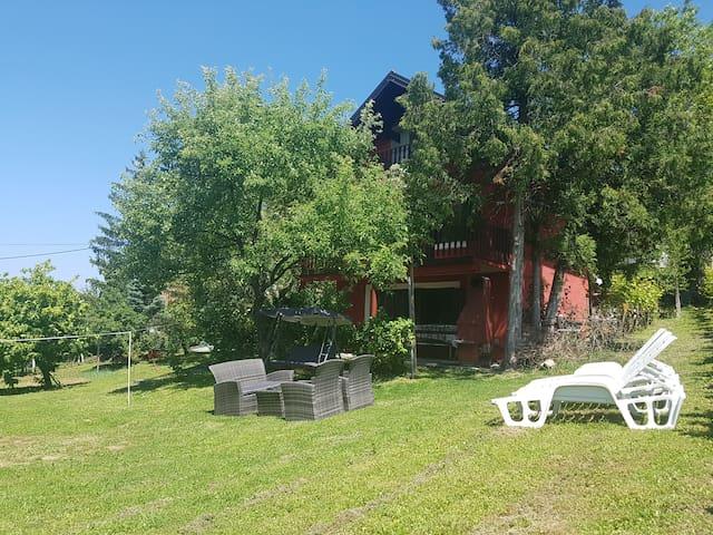 "Vacation house ""BRAČIĆ"" Vrh 14, Kladje, Samobor"
