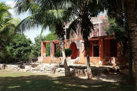 Beautiful Hacienda Esperanza & ancient Maya ruins - Villa