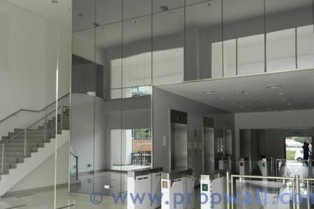 A Comfortable Studio at Shah Alam/ Subang West - Shah Alam - Apartmen
