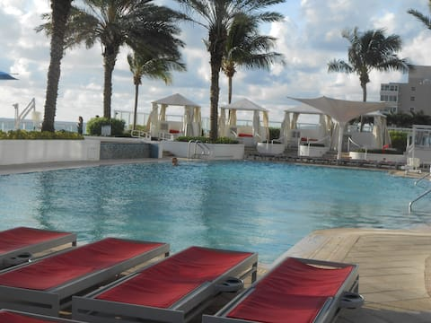 FORT LAUDERDALE Q Club Beach Resort 610