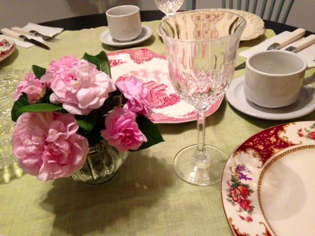 Brew & Roses