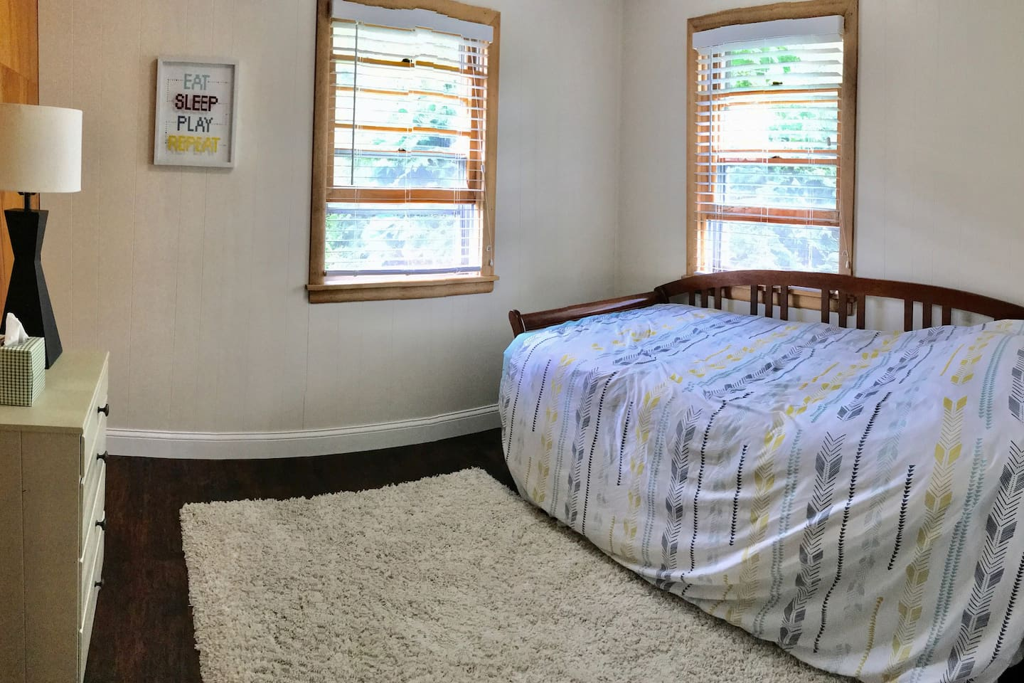 Upstairs bedroom #2. Daybed with trundle. Both twins