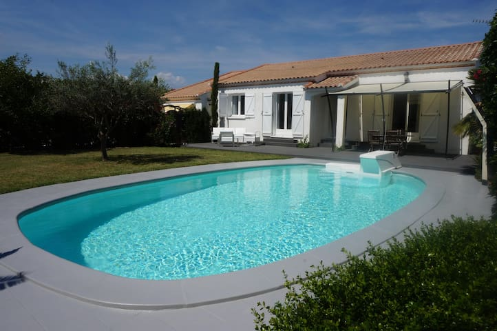 Holiday villa south France, private pool & garden - Saint-Génies-de-Fontedit - Ev
