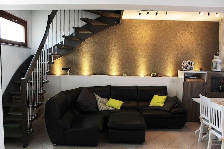 Appartamento da 160mq in centro - Brembio - Apartemen