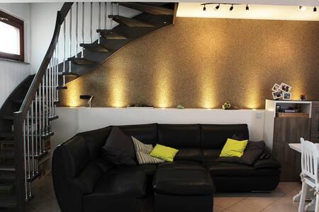 Appartamento da 160mq in centro - Brembio - 公寓