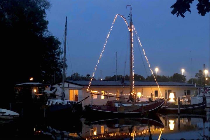 Romantic sailingboat near Amsterdam centre.