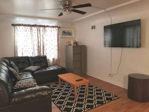 Comfortable Private Room in Milwaukee - Rm2