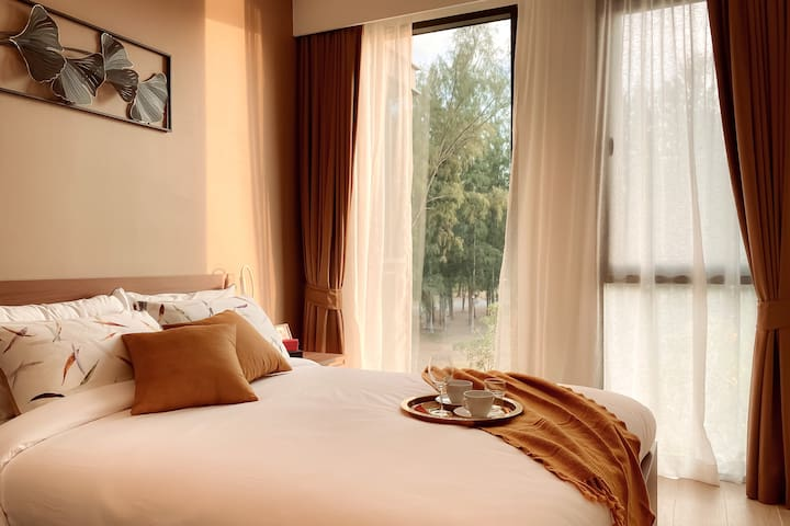 Second bedroom offers queen size bed