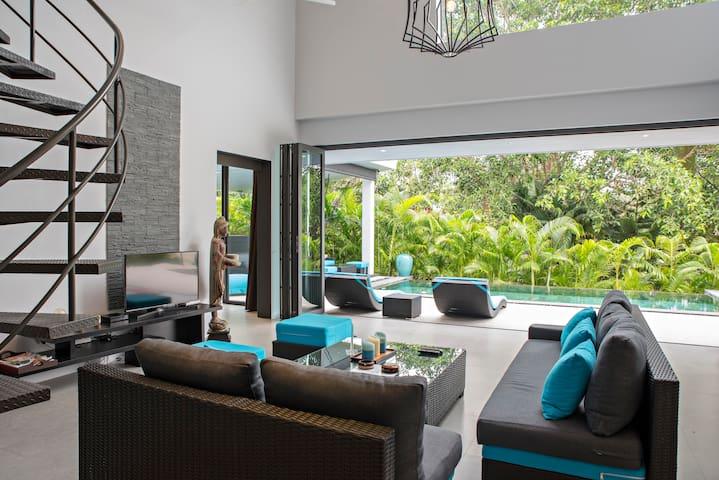 Villa Design+PrivatePool-BeachSide