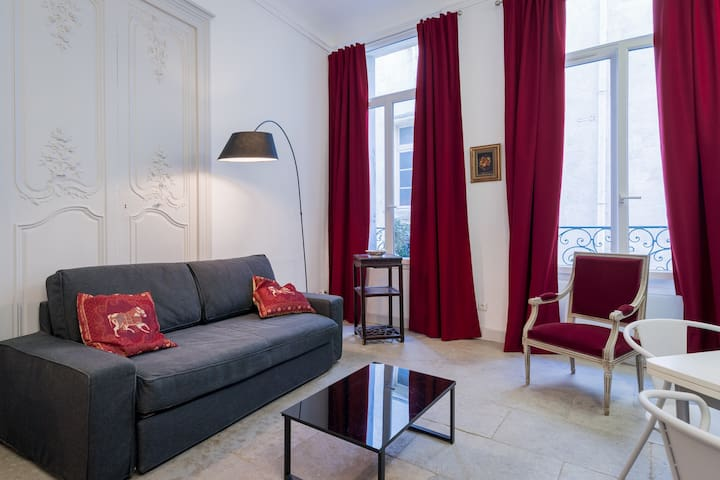 Prefecture, Appartment of charm, historical center