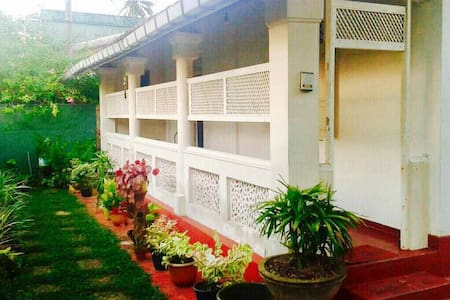 Large Bedroom in the Heart of Ambalandgoda !