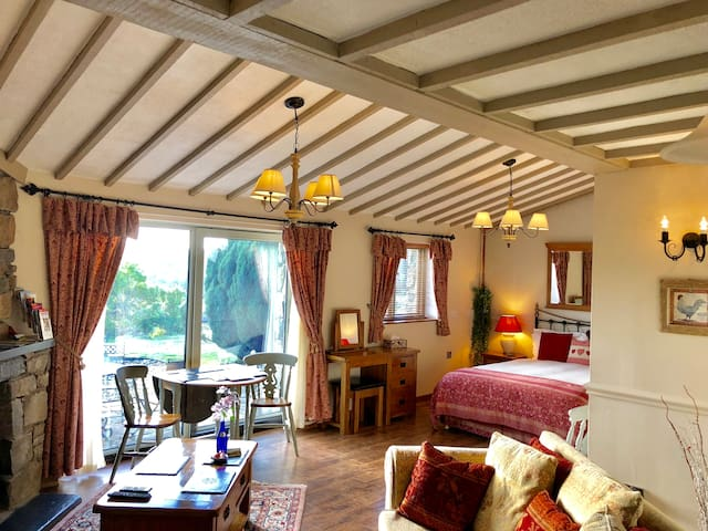 2 Y Stabal Tyddyn du, Self-catering Two room suite
