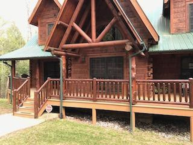 Log Cabin Haven in the Hills of TN