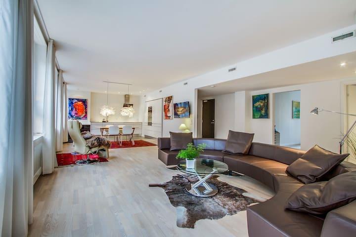 162m2 spacious luxury apartment next to Tivoli