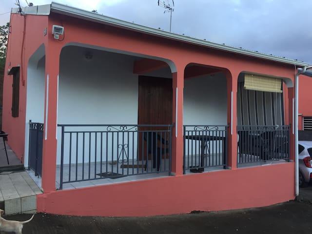 Belle petite maison individuelle