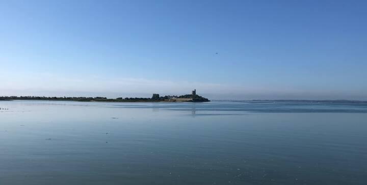 Maison d'architecte face à la mer