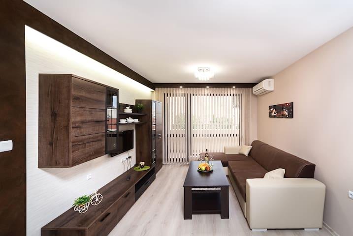 Apartments Dobrev