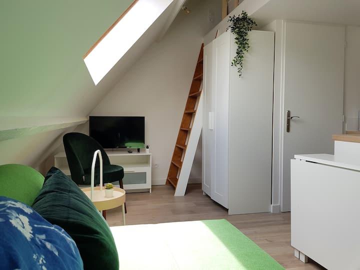 Studio in a quiet area near Rouen