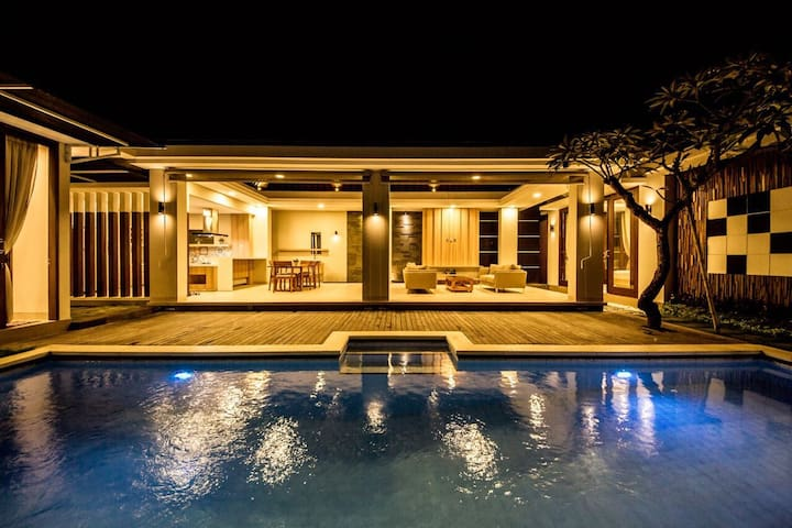 New modern tropical villa for family for rent
