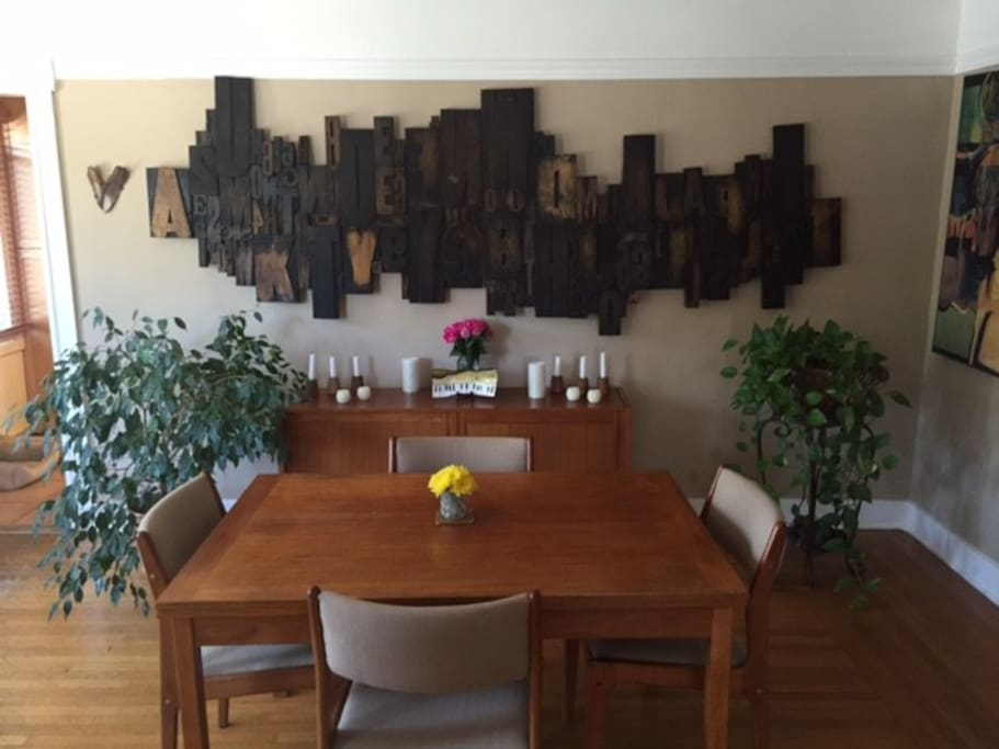 Dinning room expandable table seats eight