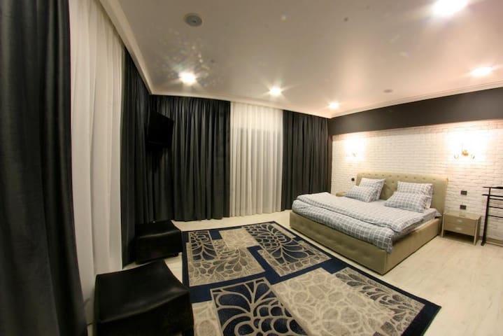 Апартаменты на одну семью в г. Алматы