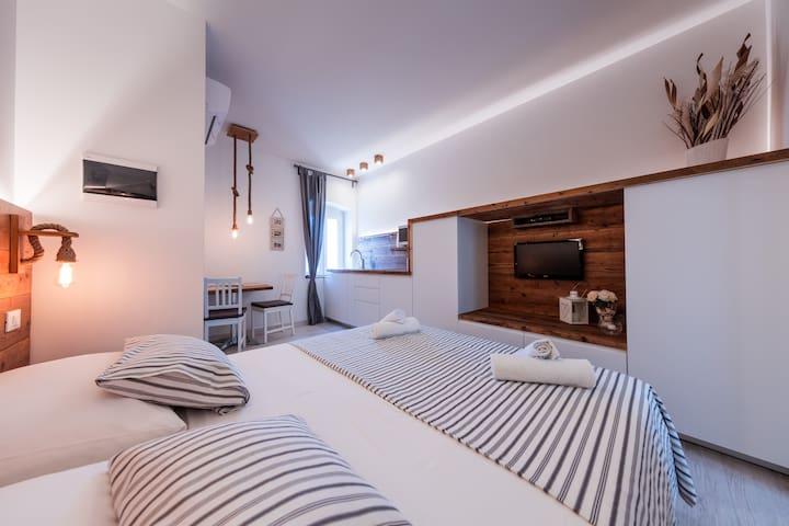 Beautiful apartment Sole 1