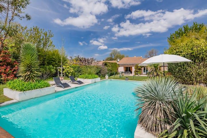 Villa-Apartment with pool in Aix-en-Provence