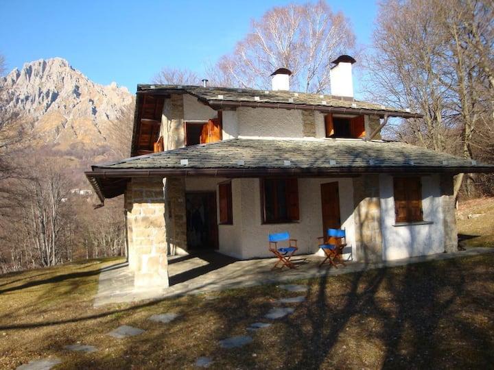 ''Cottage Anna'' la casa nel bosco-Piani Resinelli
