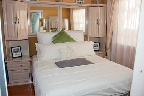 Onyx on Sycamore - Deluxe Double Room