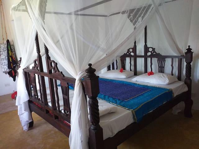 Masterbedroom with ensuite