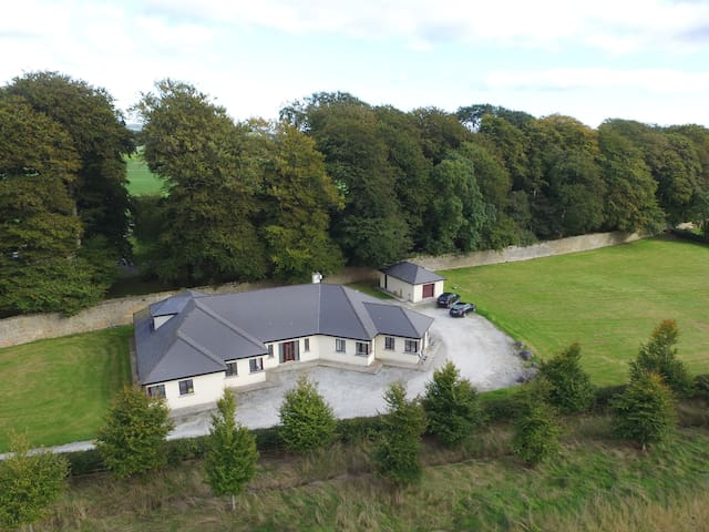 Quadruple room 1. Moorepark West House.Fermoy.Cork