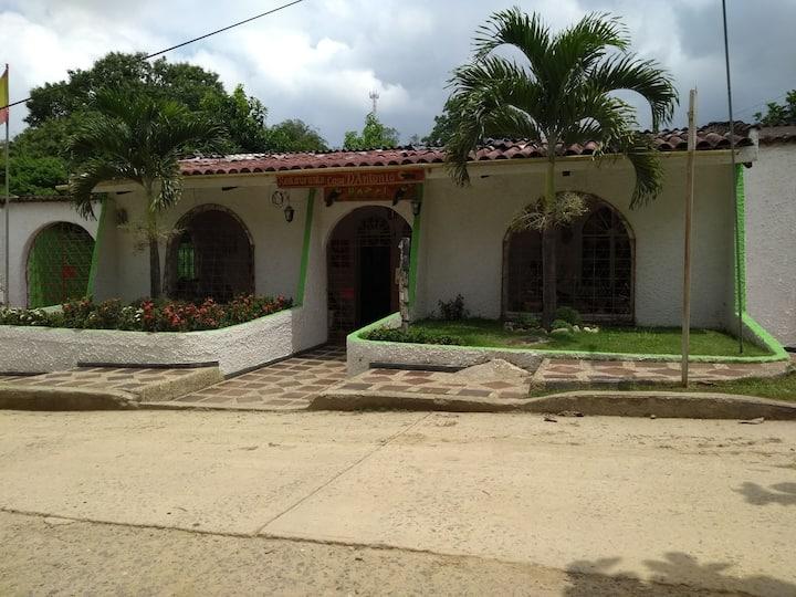 Casa d´Antonio  ( Balneario con jardin botánico )