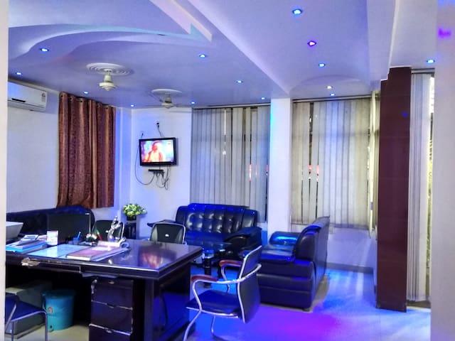 Twin room for 4 person Hotel Viraat Inn Gaya