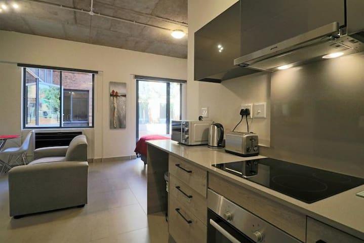 Lakeside Standard Apartment